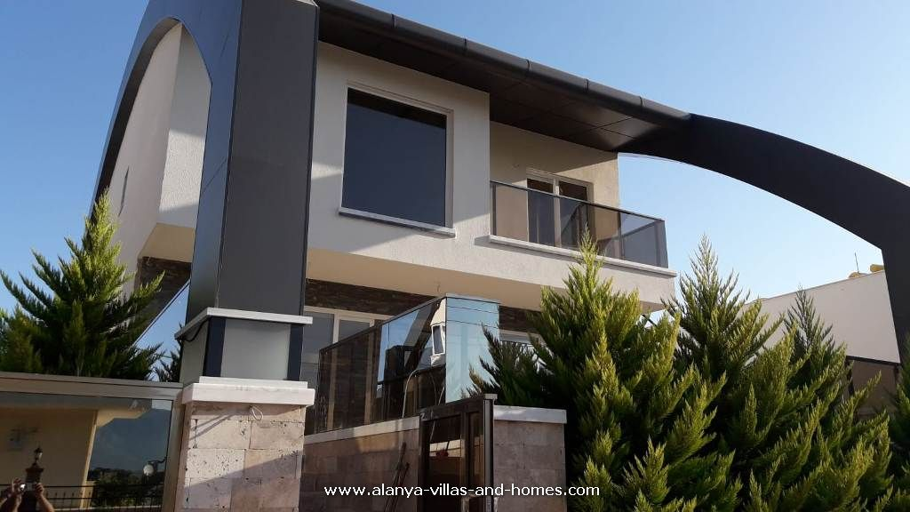 ali_iscituerk_alanya_villas_and_homes_com_immobilien_whatsapp_00905078878235_real_estate53.jpg
